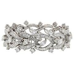 1970s Platinum 30.00 Carat Diamonds Vintage Bracelet