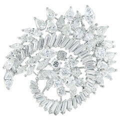 1970s Platinum Brooch with Approximately 18.00 Carat Total Diamonds