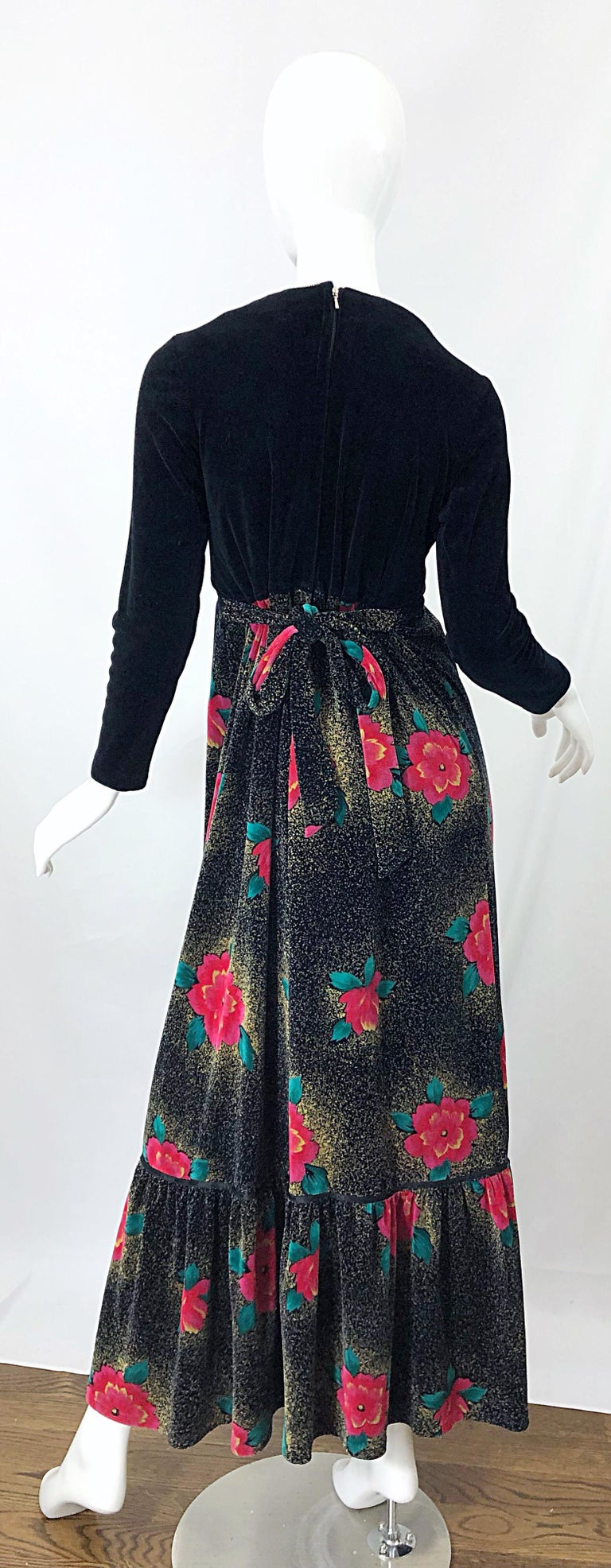 1970s Poinsettia Print Embroidered Beaded Velvet Velour Holiday Maxi Dress Gown For Sale 6