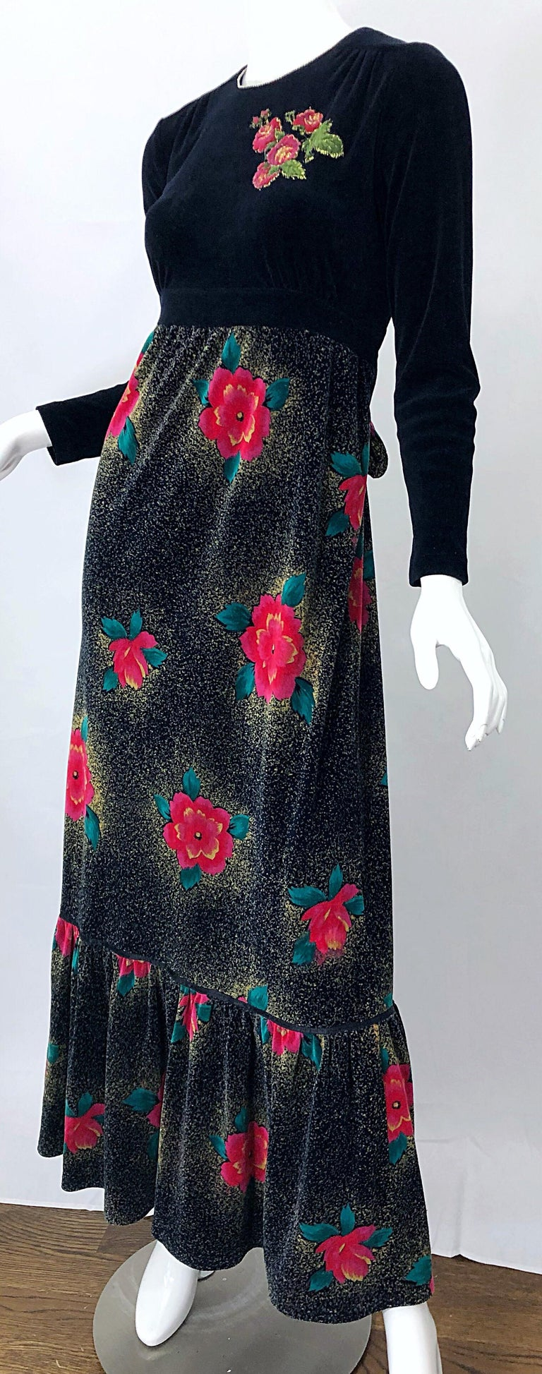 1970s Poinsettia Print Embroidered Beaded Velvet Velour Holiday Maxi Dress Gown For Sale 8