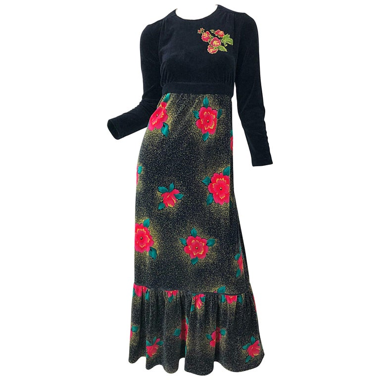 1970s Poinsettia Print Embroidered Beaded Velvet Velour Holiday Maxi Dress Gown For Sale