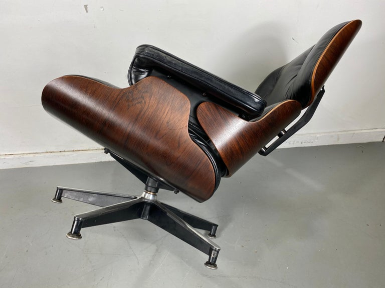 1970s Production Eames 670 & 671 Rosewood and Leather Lounge Chair Herman Miller 9
