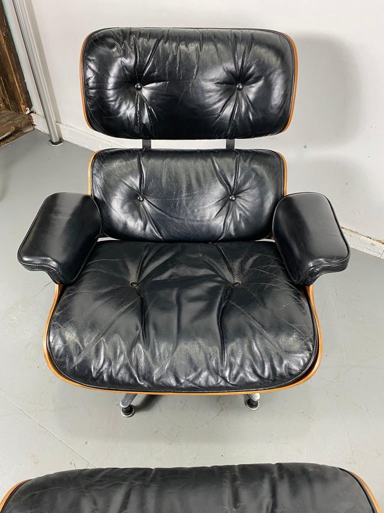Late 20th Century 1970s Production Eames 670 & 671 Rosewood and Leather Lounge Chair Herman Miller