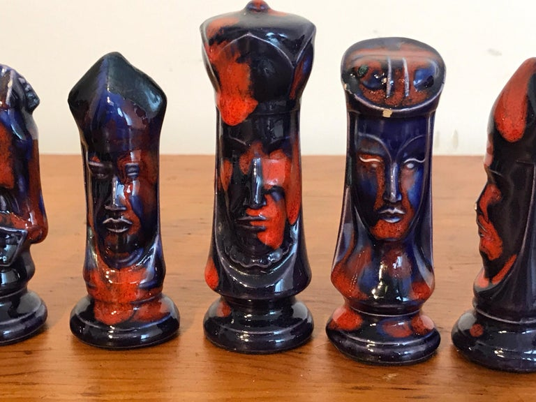 1970s Psychedelic Studio Pottery Chess Set For Sale 3