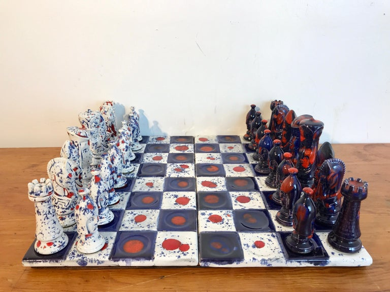 1970s Psychedelic Studio pottery chess set, complete with 32 3