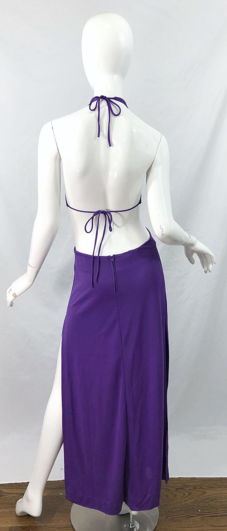 1970s Purple Cut - Out Sexy Jersey Vintage 70s Halter Maxi Dress Gown In Excellent Condition For Sale In Chicago, IL