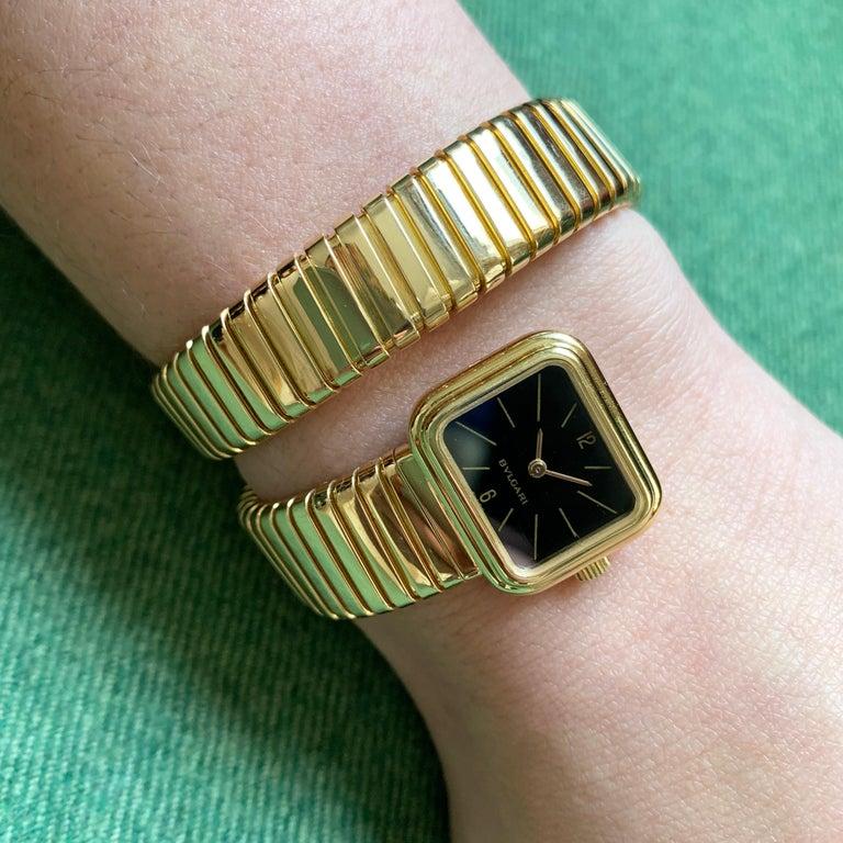 Women's or Men's 1970s Rare Design Bulgari Serpenti Tubogas Gold Watch For Sale