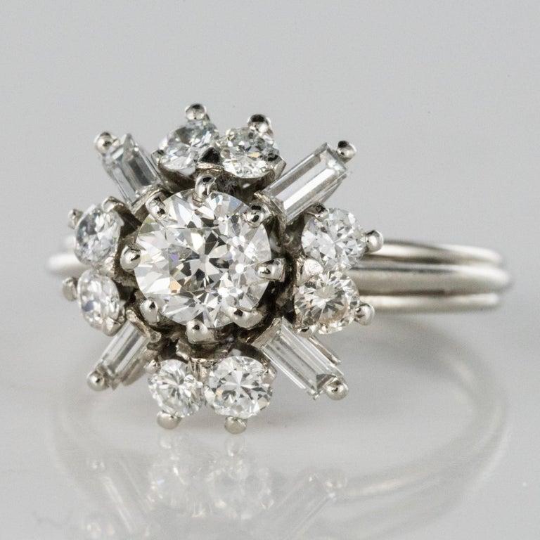 1970s Retro Brilliant Diamonds Baguette Diamonds Platinum Ring In Excellent Condition For Sale In Poitiers, FR