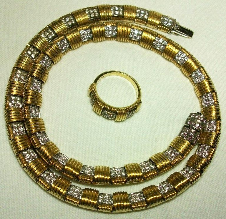 1970s Roberto Coin 4.50 Carat Diamonds and Yellow Gold Necklace and Ring In Excellent Condition For Sale In London, GB