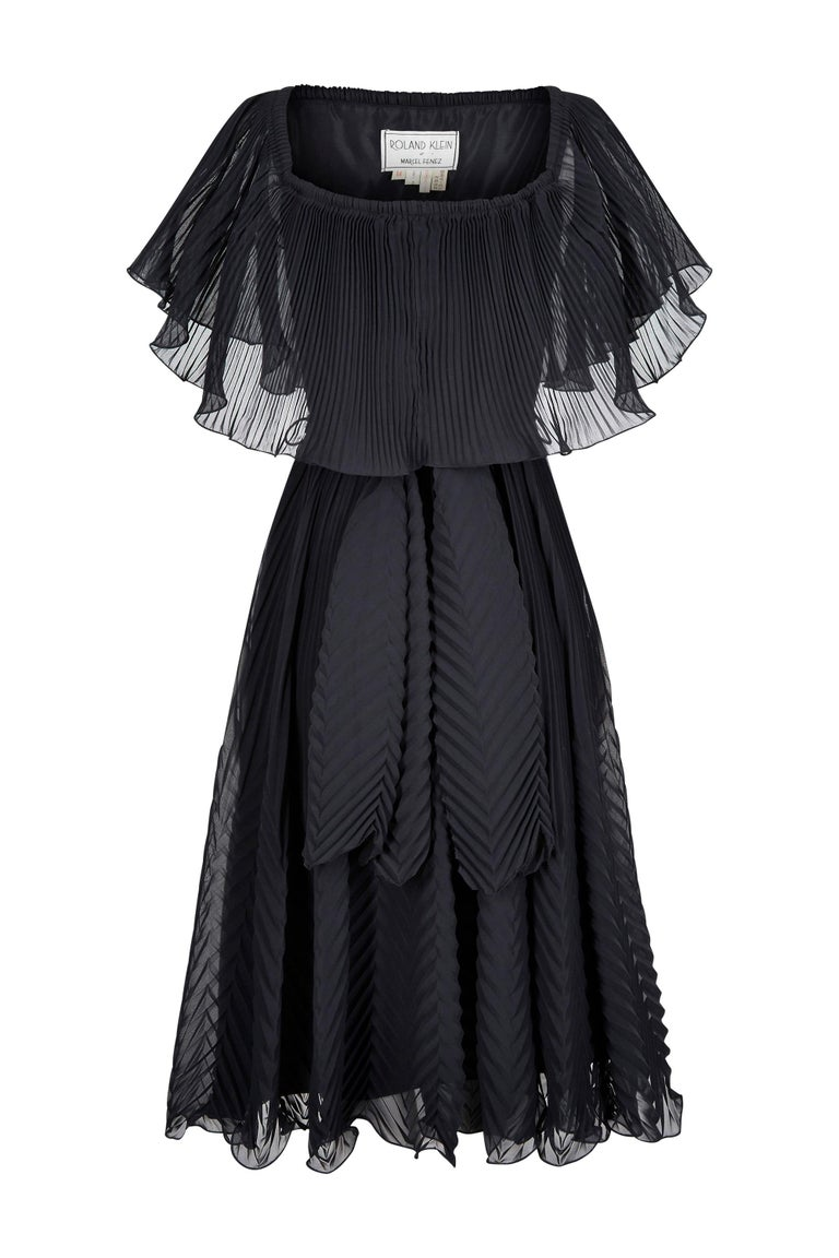 1970s Roland Klein Black Pleated Chiffon Cocktail Dress  In Excellent Condition For Sale In London, GB