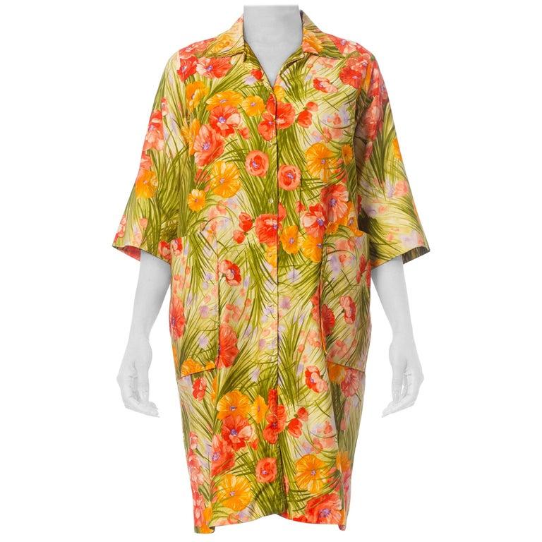 1970S SAKS FIFTH AVENUE Orange & Green Floral Cotton Sateen House Coat Dress Wi For Sale