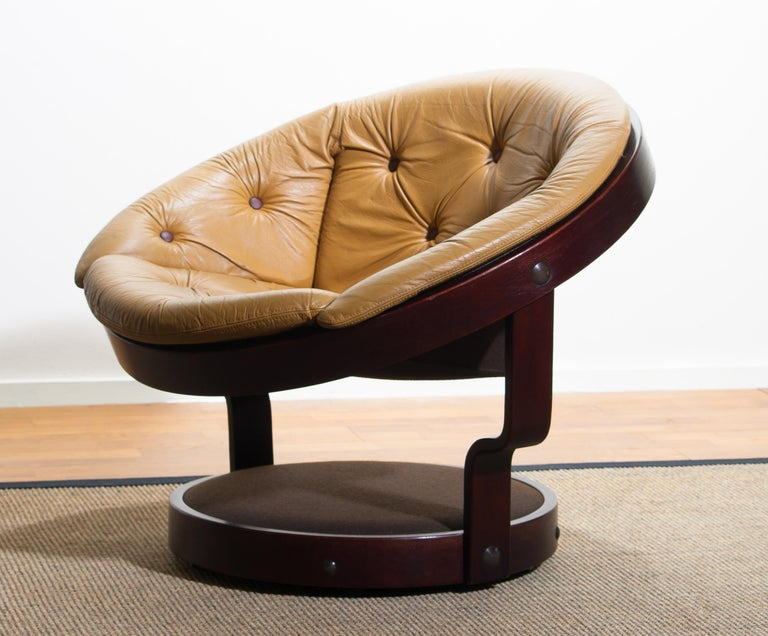 1970s Scandinavian Circle Shaped Swivel Chair By Oddmund