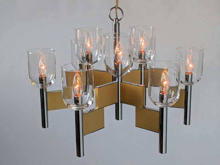 1970s Mint Sciolari 9-Arm Glass Hurricane Chandelier, Italy In Excellent Condition For Sale In St- Leonard, Quebec