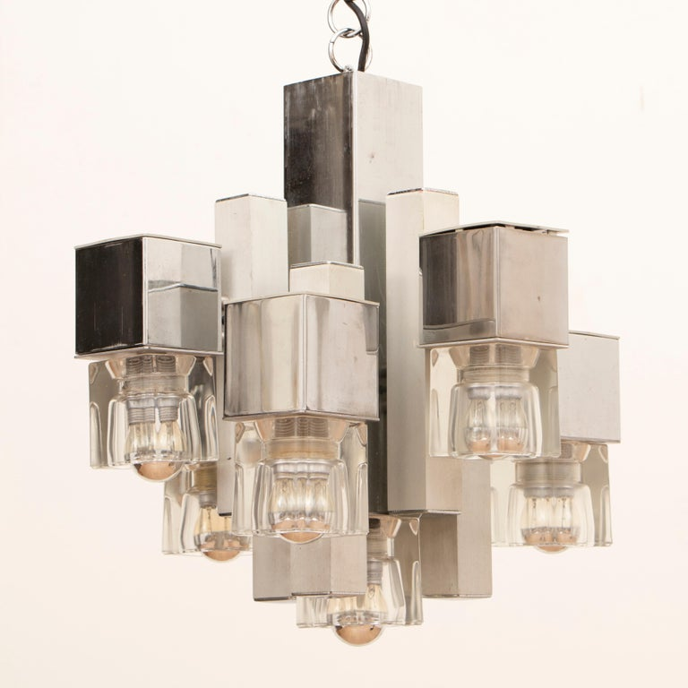 1970s Sciolari Chrome & Glass Cubic Abstract Hanging Light Chandelier In Good Condition For Sale In London, GB