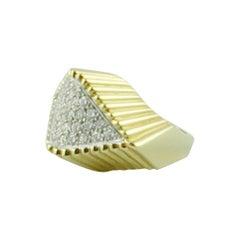 1970s Sculptured 18 Karat Yellow Gold and Diamond Ring