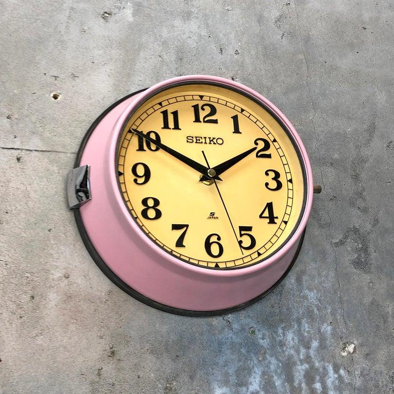 1970s Seiko Retro Vintage Industrial Antique Steel Quartz Wall Clock, Pink For Sale 5