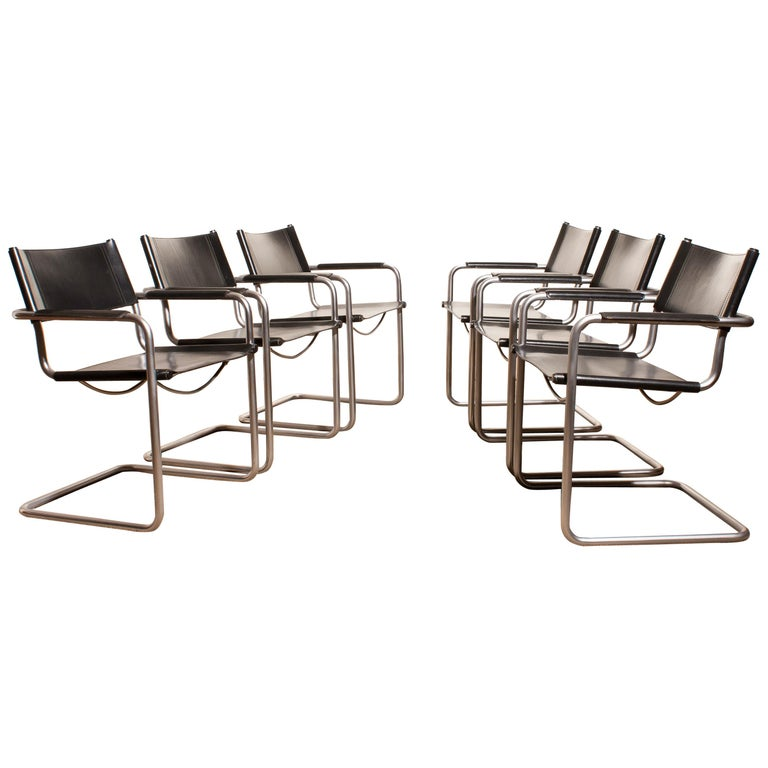 1970s, Set of Six Tubular Steel and Black Leather Dining Chairs by Matteo Grassi In Good Condition In Silvolde, Gelderland