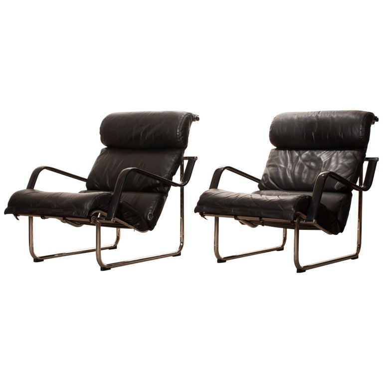 Modern 1970s, Set of Two Black Leather 'Remmie' Lounge Chairs, Yrjö Kukkapuro, Finland For Sale