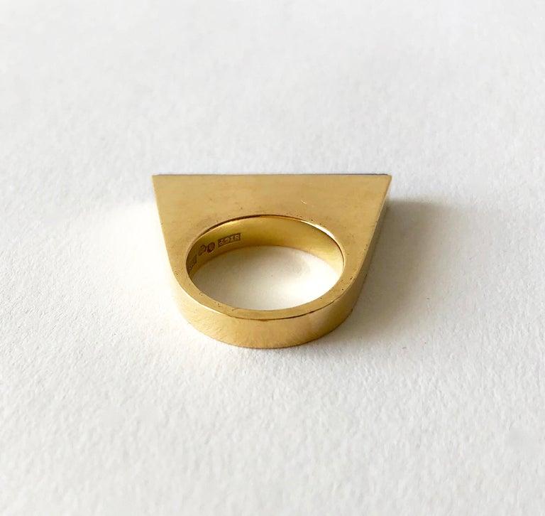 Women's 1970s Sigurd Persson 18 Karat Gold Lapis Lazuli Swedish Modernist Ring For Sale