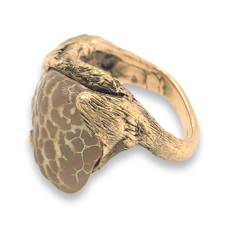 1970s Snakeskin Agate and Gold Ring In Excellent Condition For Sale In Cincinnati, OH