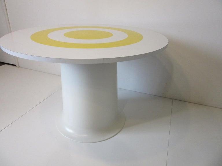 1970s Space Age Dining Table in the Style of Verner Panton For Sale 2