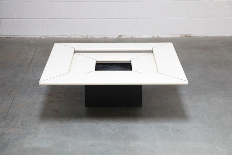 Italian 1970s Space Age Modern Cocktail Table by B&B Italia, 1970s For Sale