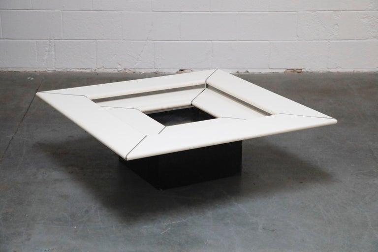 1970s Space Age Modern Cocktail Table by B&B Italia, 1970s For Sale 3