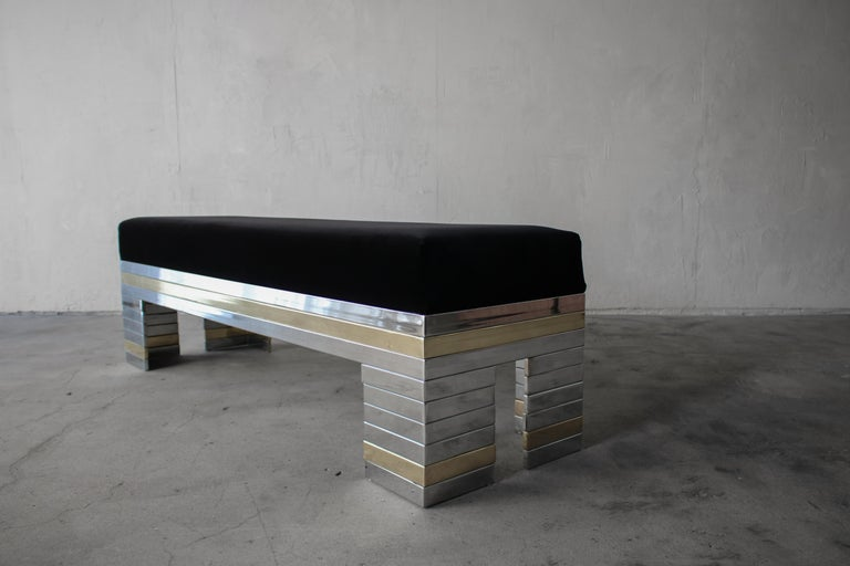 1970s Stacked Chrome and Brass Bench In Good Condition For Sale In Las Vegas, NV