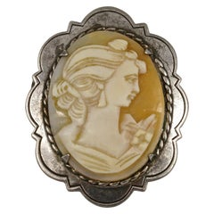 1970s Sterling Silver Carved Lady Portrait Shell Cameo Brooch