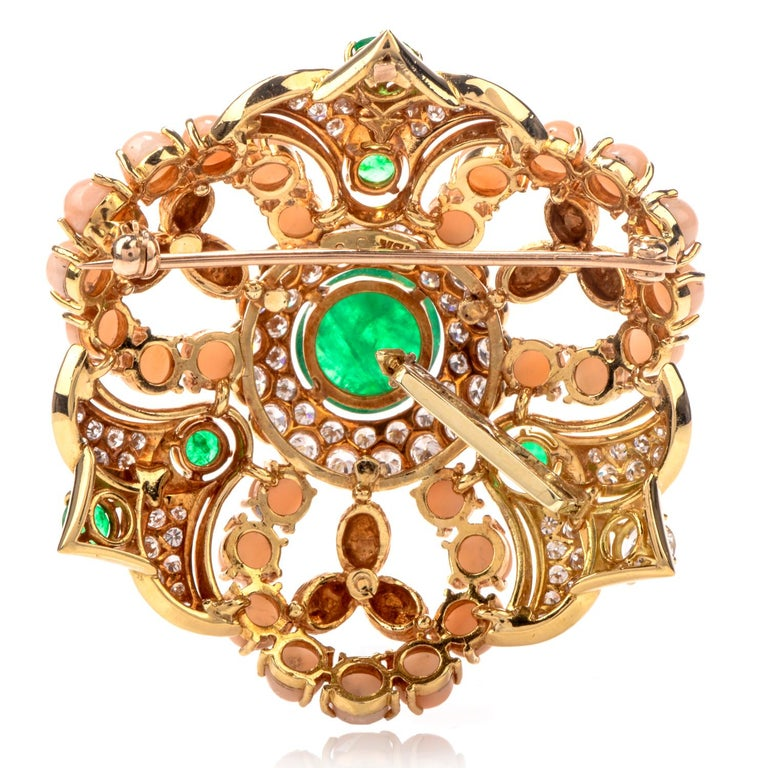 Women's 1970s Stylish Circular Diamond Coral Emerald 18 Karat Yellow Gold Pin For Sale