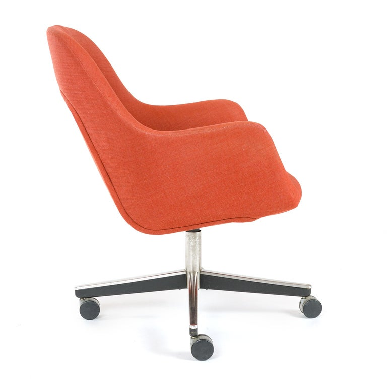 American 1970s Swivel Desk Chair by Max Pearson for Knoll For Sale
