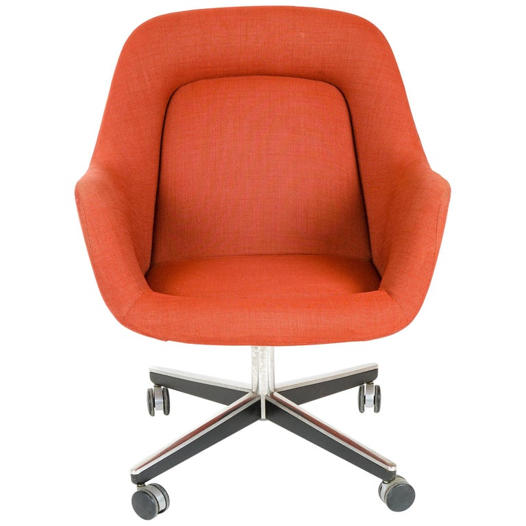 1970s Swivel Desk Chair by Max Pearson for Knoll For Sale