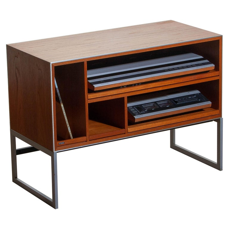 1970s Teak MC30 Audio Cabinet by Jacob Jensen for Bang & Olufsen, Denmark In Good Condition For Sale In Silvolde, Gelderland