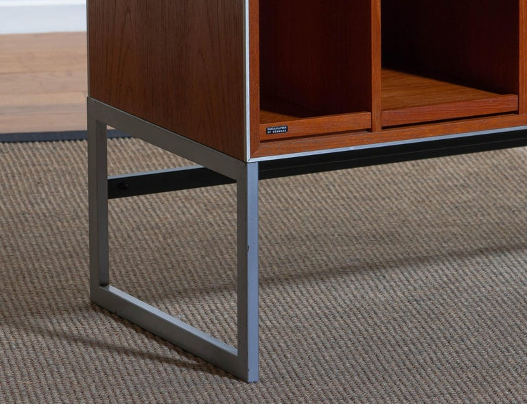 Late 20th Century 1970s Teak MC30 Audio Cabinet by Jacob Jensen for Bang & Olufsen, Denmark For Sale