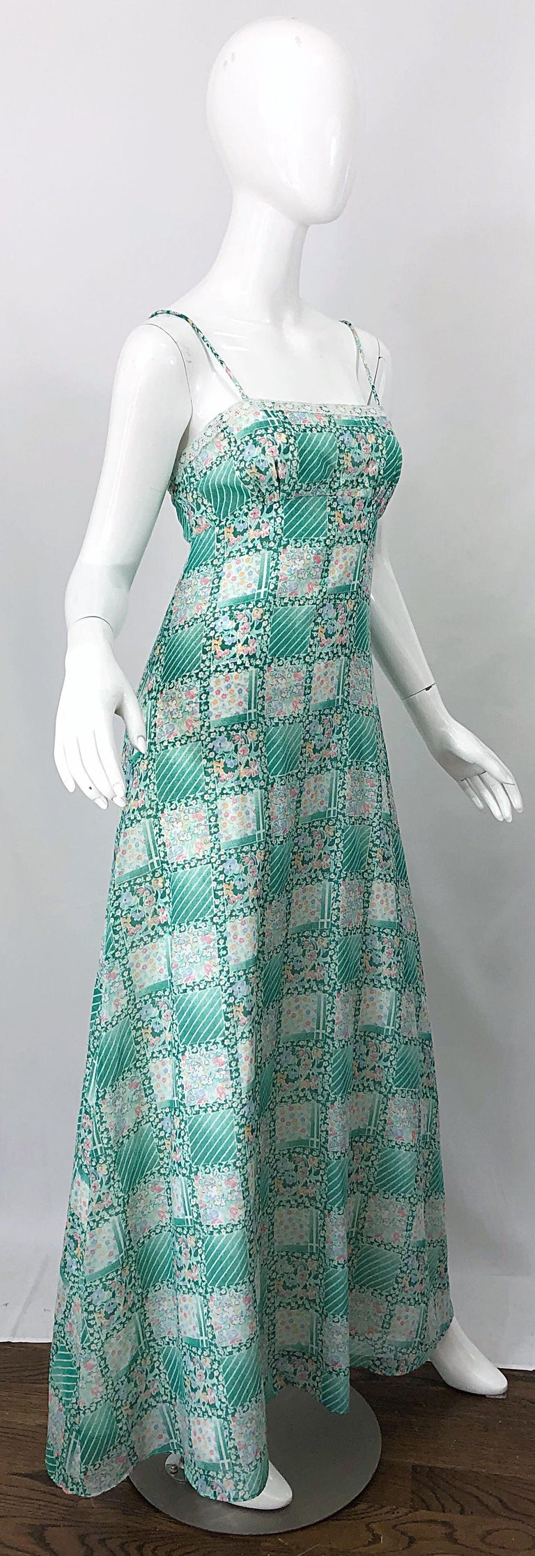 Green 70s Maxi Dress  Blue Pink Abstract Pattern  Cotton  Size M
