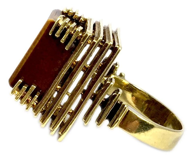 Square Cut 1970s Tiger Eye Gold Ring For Sale