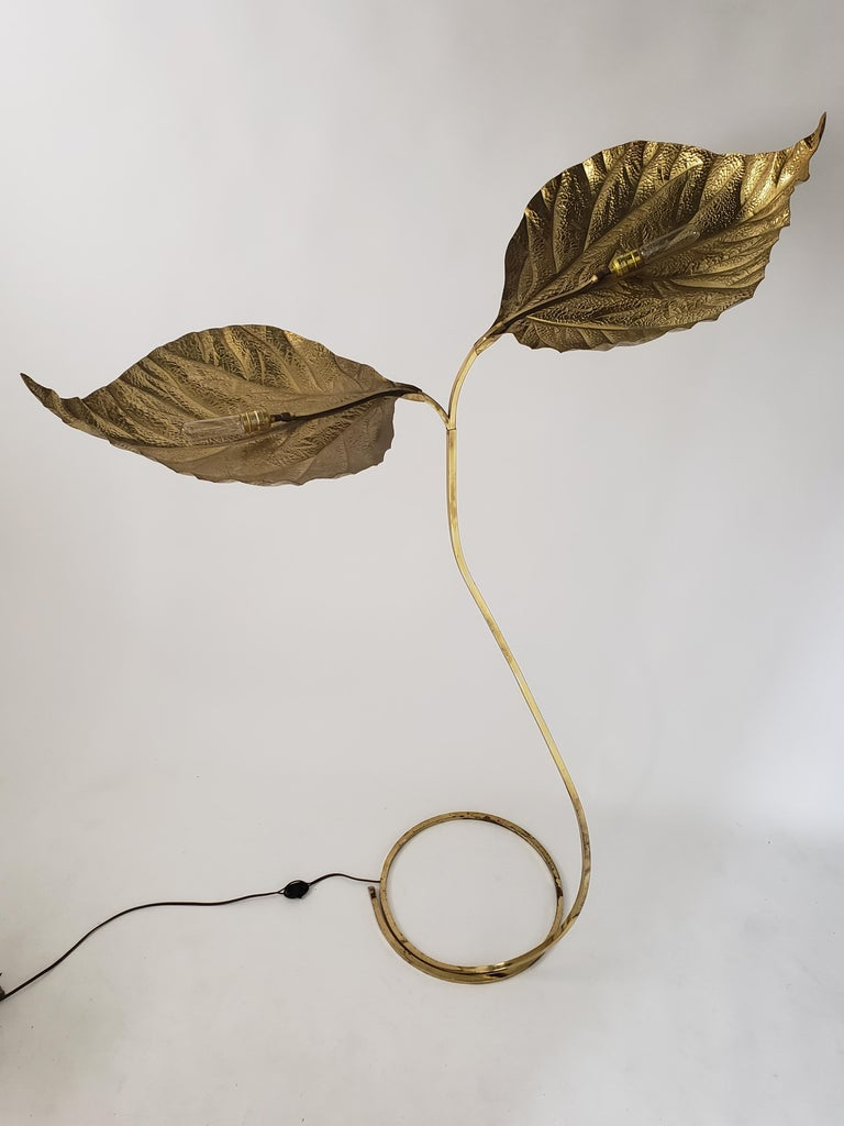 Mid-Century Modern 1970s Tommaso Barbi 'Rhubarb' Twin Brass Leaves Floor Lamp, Italy For Sale