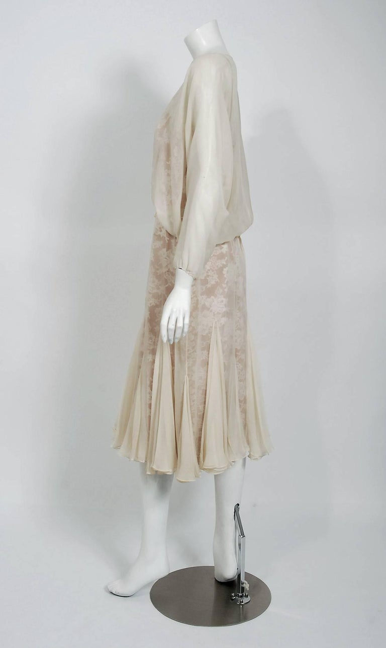Women's 1970's Travilla Ivory Silk-Chiffon and Lace Illusion Dolman Sleeve Pleated Dress For Sale