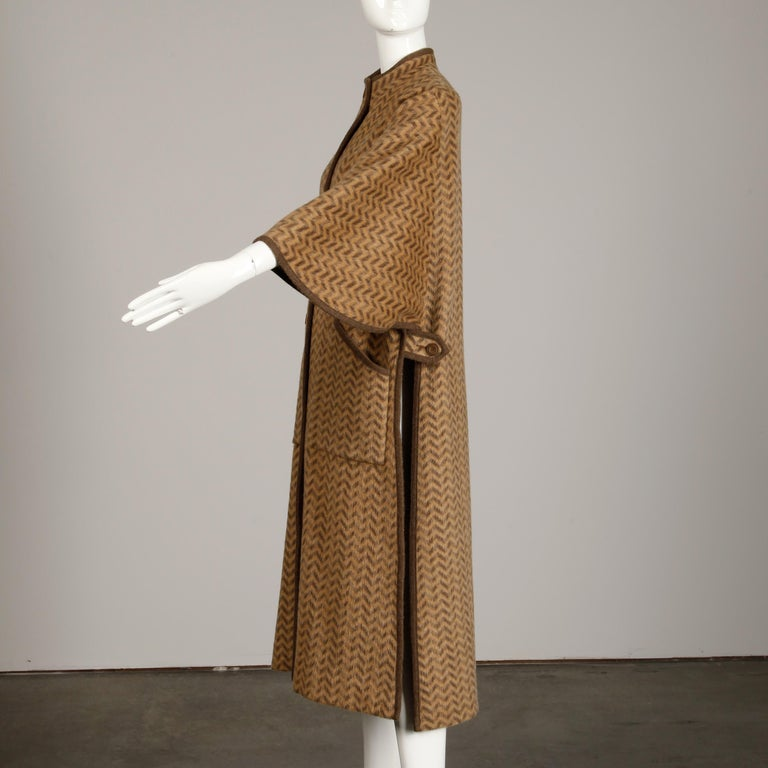 1970s Tricosa France Vintage Wool/ Mohair Striped Chevron Blanket Cape Coat For Sale 3