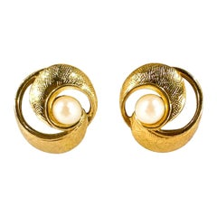 1970s Trifari Gold-tone and Pearl Clip-on Earrings