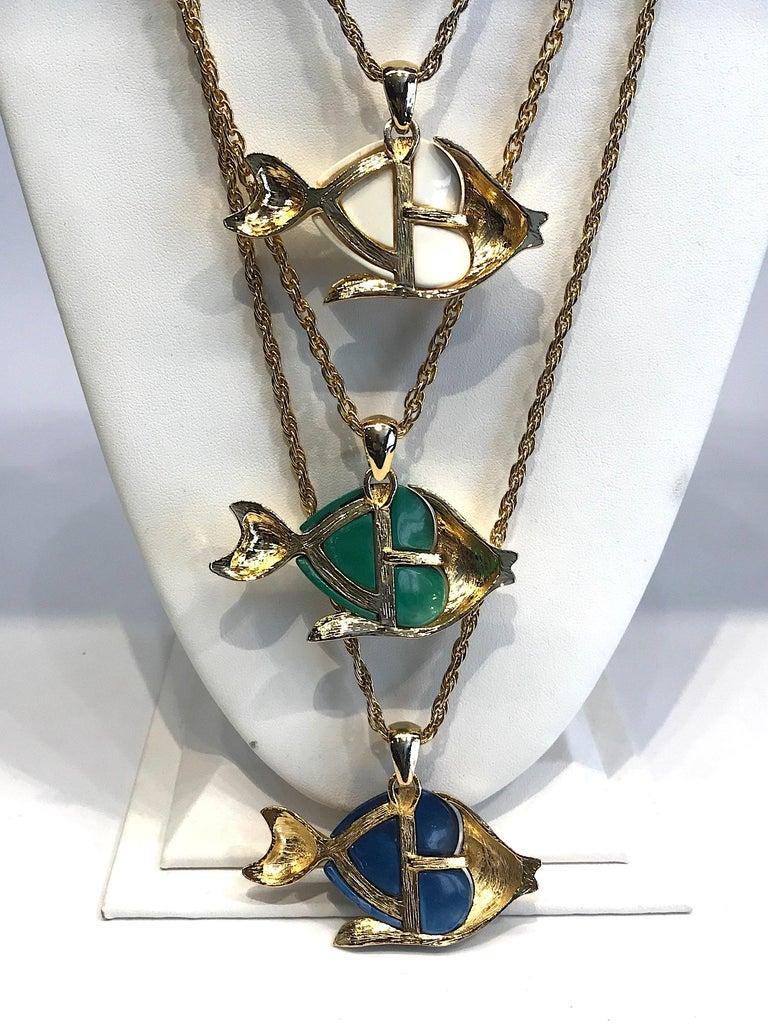 1970s Triple Fish Pendant Necklace 6