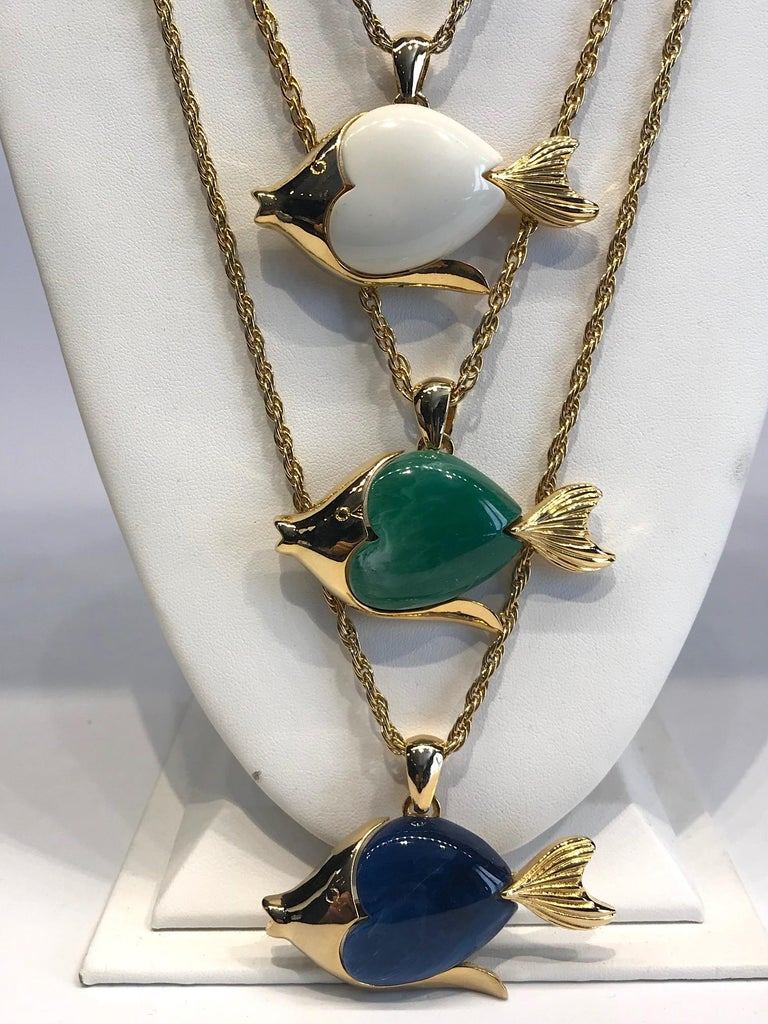 1970s Triple Fish Pendant Necklace In Good Condition In New York, NY