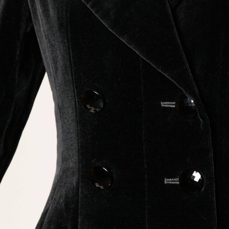 1970s Valentino Vintage Black Velvet Coat/ Jacket In Excellent Condition For Sale In Sparks, NV