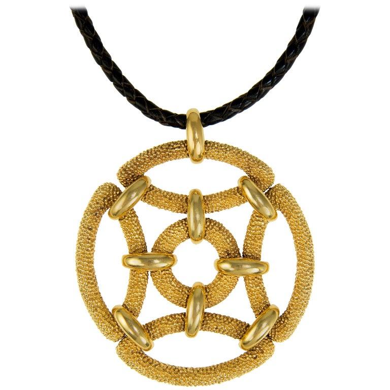 1970s Van Cleef & Arpels Gold Pendant