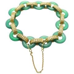 1970s Van Cleef & Arpels Green Agate Gold Bracelet