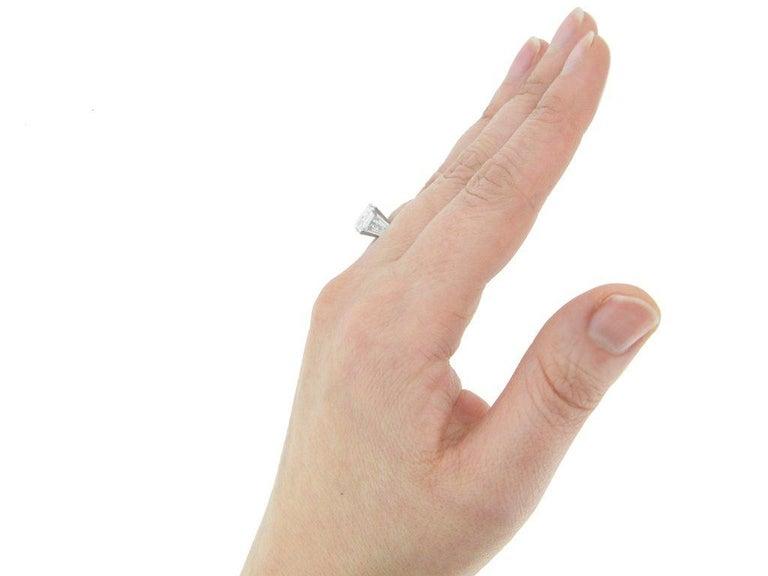 1970s Van Cleef & Arpels Paris Diamond Emerald-Cut Engagement Ring For Sale 2