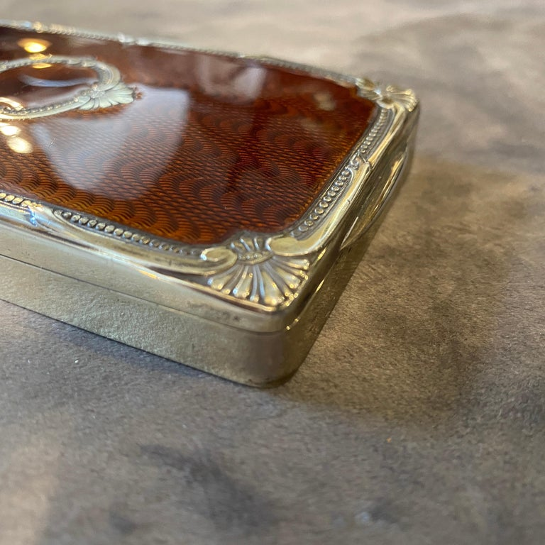 A superb quality brown enameled cigarette box made in Italy in the Seventies by Salimbeni, famous manufacturer. It's all marked vermeil solid silver.