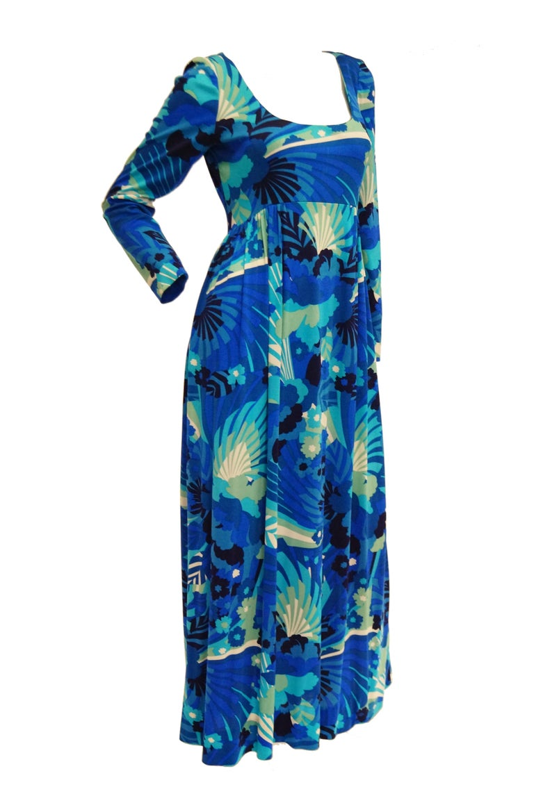 Women's 1970s Victor Costa Funky Blue Floral Knit Maxi Dress For Sale