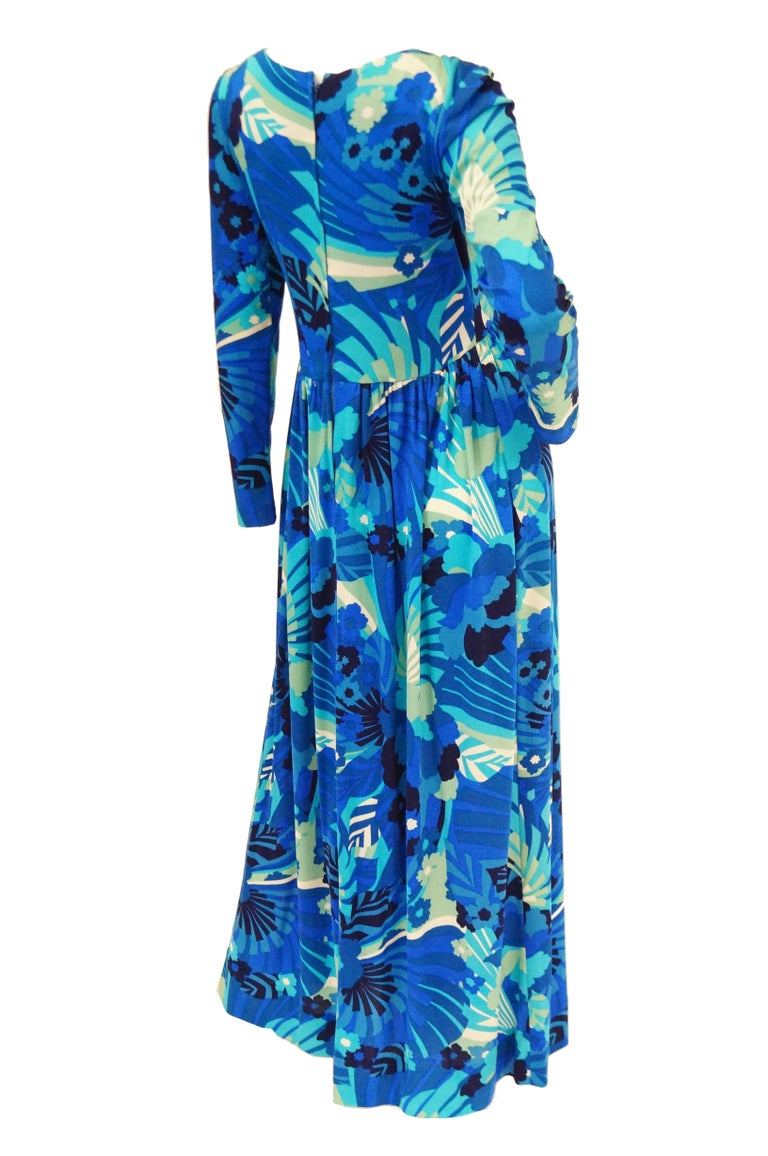 1970s Victor Costa Funky Blue Floral Knit Maxi Dress For Sale 2