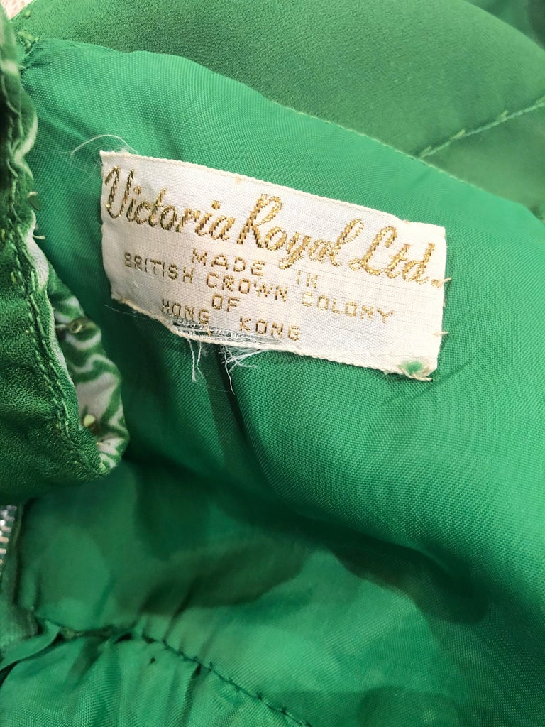 1970s Victoria Royal Kelly Green + White Abstract Floral Sequined Chiffon Gown For Sale 10